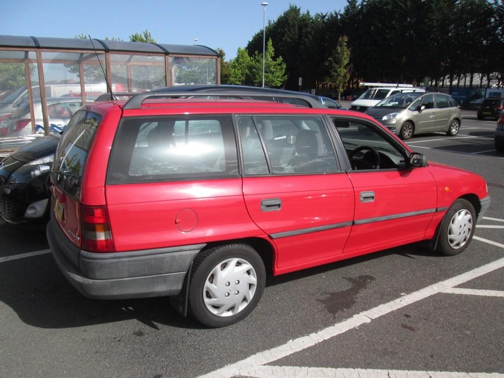 Opel Astra F 1 7 Td S S Cargo T Autos Motors Tn