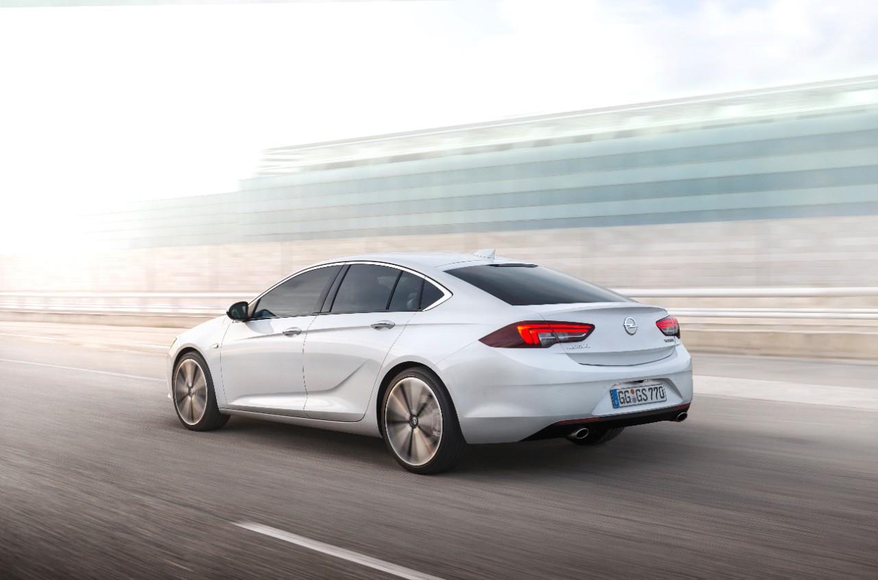La toute nouvelle Opel Insignia Grand Sport (2)
