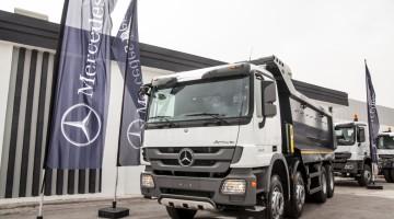 Présentation du Camion Mercedes-Benz Actros 4143 K (1)
